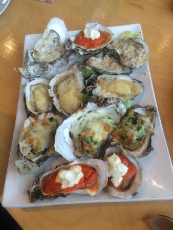 Shellfish Sports Bar & Grille: photo1.jpg