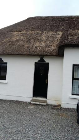 Old Killarney Cottages: 20160316_175502_large.jpg