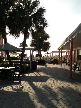 Miramar Beach Resort : 0312161635_large.jpg