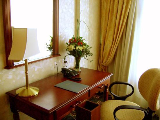 intertower hotel escritorio habitacin