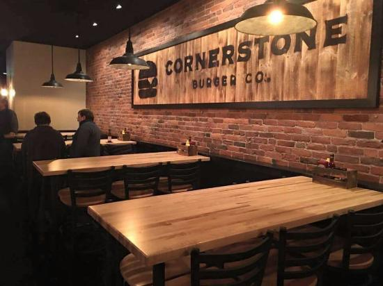 Northfield, เวอร์มอนต์: Cornerstone Burger Co