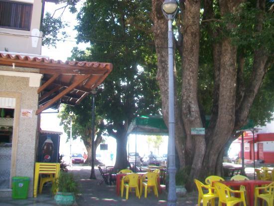 Restaurante Siri Boia: Mesas na praça