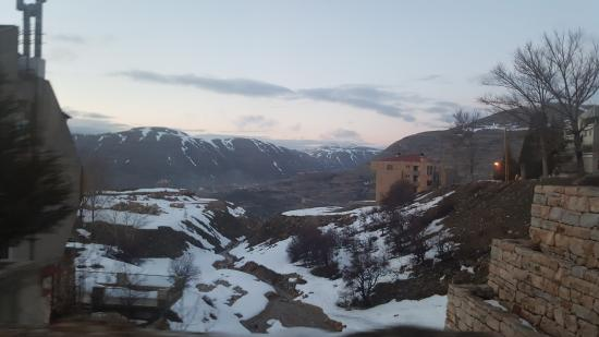 Kfardebian, Líbano: from our room