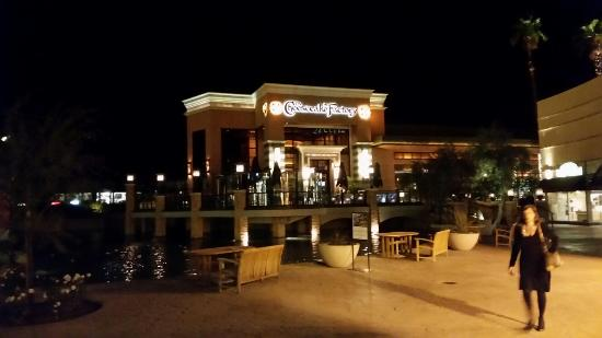 The Cheesecake Factory : 20151207_190909_large.jpg