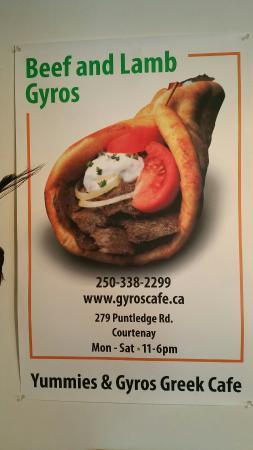 Yummies & Gyros Greek Cafe: Great little spot for a tasty Greek food