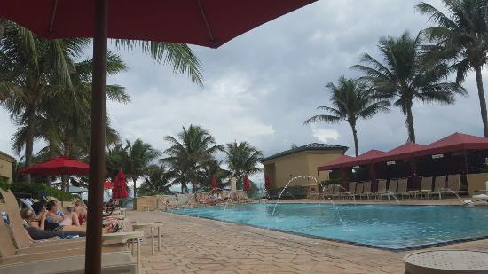 ocean walk or stay by the pools picture of palm beach marriott rh tripadvisor com