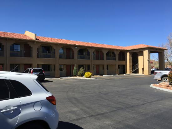 Days Inn Rio Rancho: outside