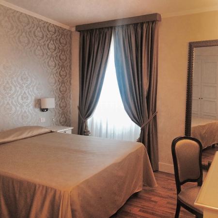 Hotel Dei Priori: Camere molto accoglienti, posizione eccezionale!