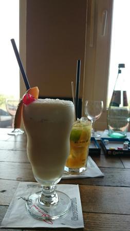 Cocktails in der zur StrandLust gehörigen Cocktailbar Giftbude