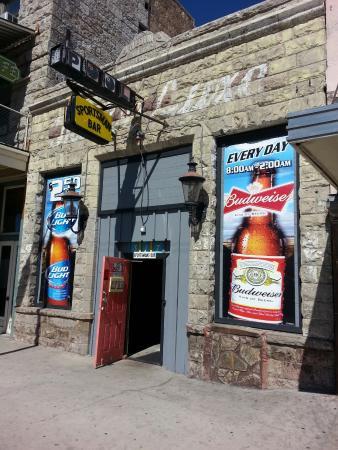 Sportsmans Club: Front door.  Come on in!