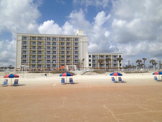 View Of The Bermuda House Hotel In Daytona Beach Picture Of Hilton Garden Inn Daytona Beach