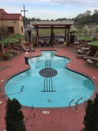 the guitar pool picture of days inn by wyndham memphis at rh tripadvisor com