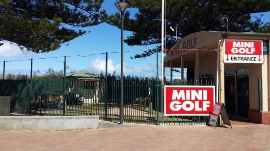 Dunes Mini Golf Park