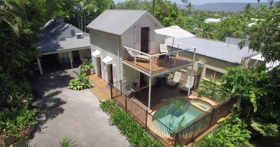 port douglas cottage and lodge