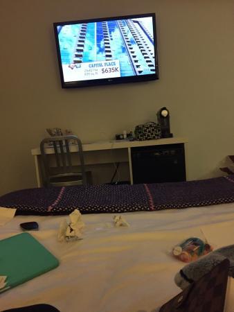 The Burrard: Room 221 Queen Plus Room