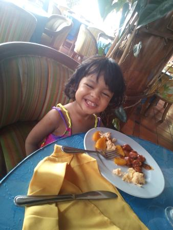 Hotel City House Los Guayacanes: My little one loved the breakfast variety