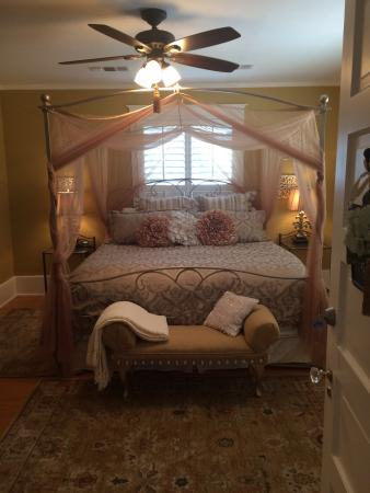 Clary Sage Bed & Breakfast