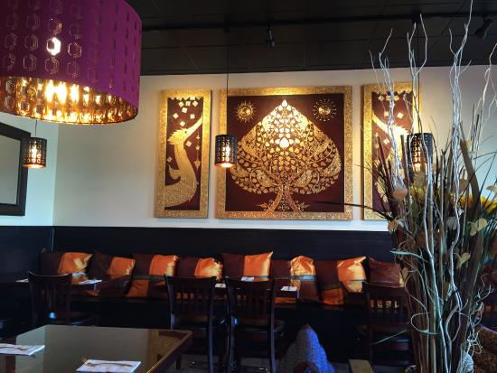 Ripon, CA: My Thai Cuisine Interior