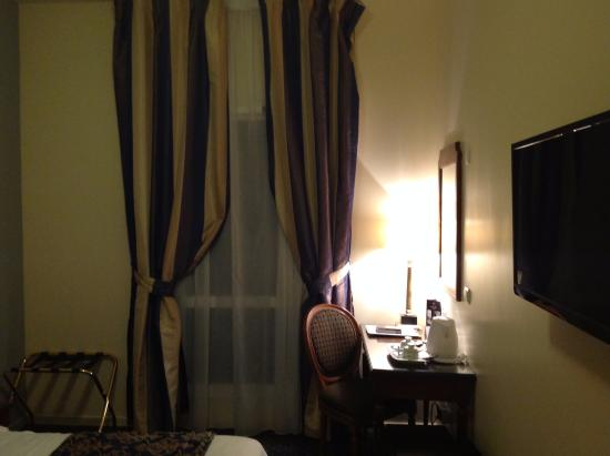 Best Western Amiral Hotel Photo