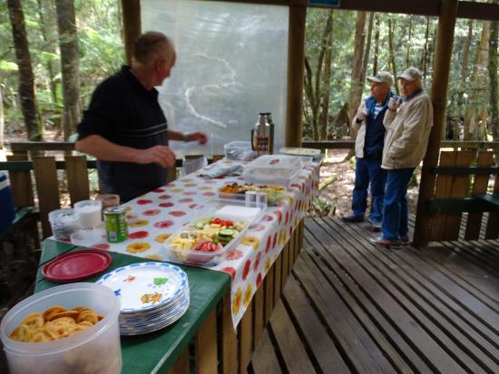Arthur River, Australia: Lunch on shore