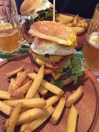Tr S Bon Les Hamburgers Photo De Restaurant De La
