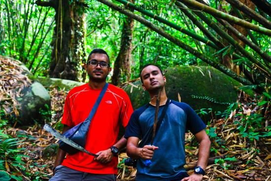 Kuching Offroad - Day Tours: Jungle Trek to the Indonesian Border