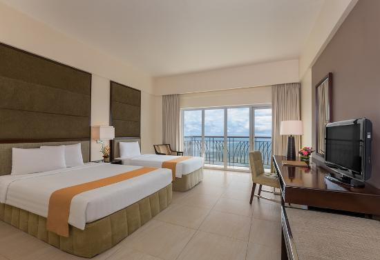 premier queen and single room picture of taal vista hotel rh tripadvisor com