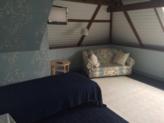 B&B Aan de Markt: Heerlijk rustige zolderkamer