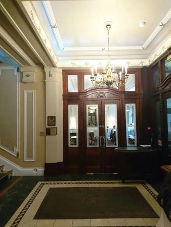 Wynn's Hotel: DSC_0125_large.jpg