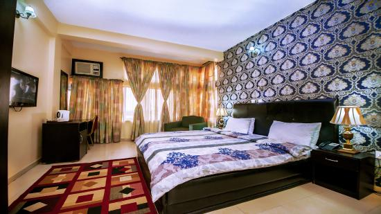 Universal Hotel Enugu: Executive Room