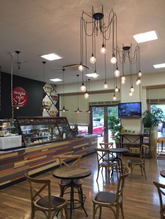 Max Plus Cafe