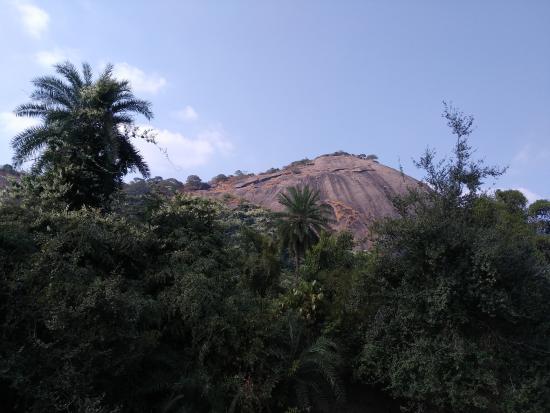 Bhagalpur, Indien: Mandar Hill Back View