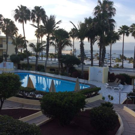 LABRANDA El Dorado: The view from our balcony, the path on the right leads from our balcony to the pool.