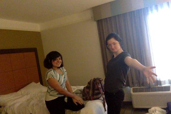La Quinta Inn & Suites Greensboro : We're well rested after a long day of travel!