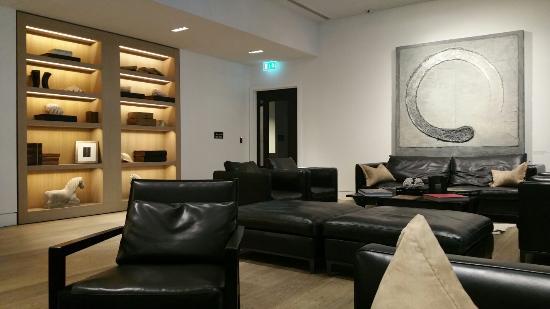 Reception area at the Nadler Soho <3
