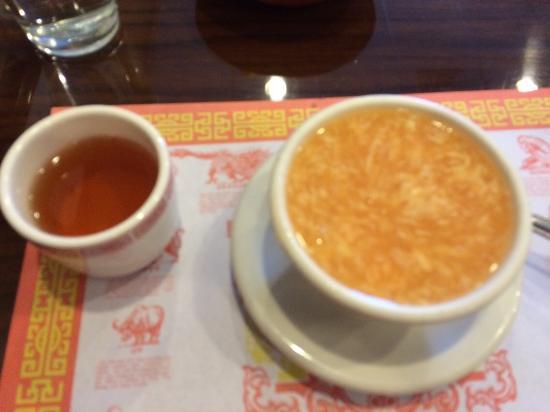 Farmington, MI: Egg drop soup and tea
