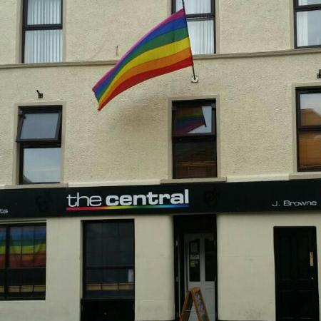 Strabane, UK: Central Bar
