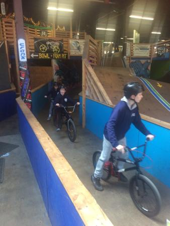 Cranx Indoor and Outdoor Bike & Sports Park: This place is awesome!
