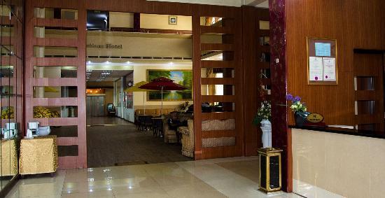 Juliana Hotel: reception