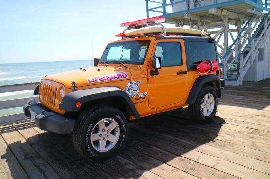 San Clemente, CA: Life guard jeep on the pier