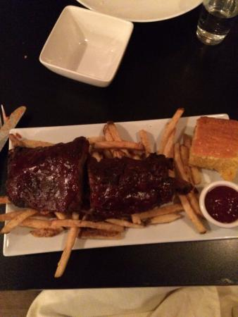 Sweet Basil's Cafe: OMG! Excellent ribs!