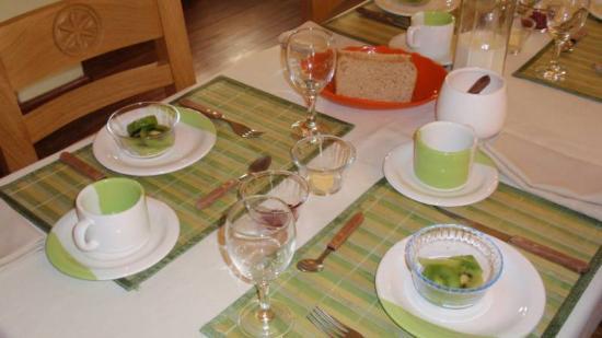 Casa Verde B&B : Table