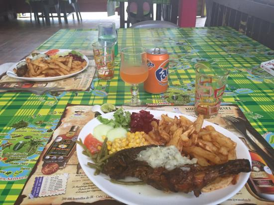 Basse-Terre Island, Guadalupe: Poulet boukané