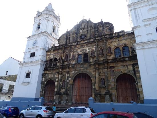 Metropolitan Cathedral (Catedral Metropolitan)