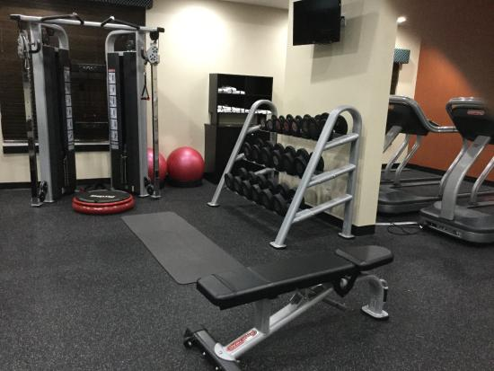 Exercise Room Photo 4 Hampton Inn Jacksonville South I