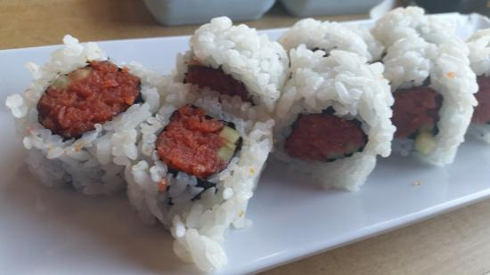 broccoli omelette sushi roll seared tuna sushi roll s roll tenderstem ...