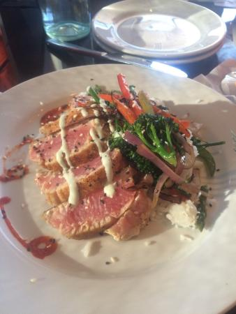 Lucy Restaurant: photo0.jpg