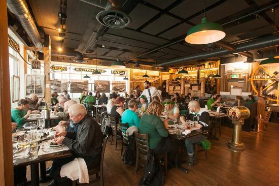 Wheelhouse Restaurant: Maritime Meal