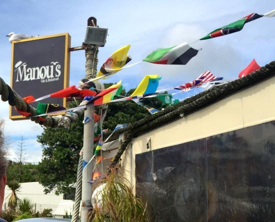 Νέο Πλίμουθ, Νέα Ζηλανδία: Manou's