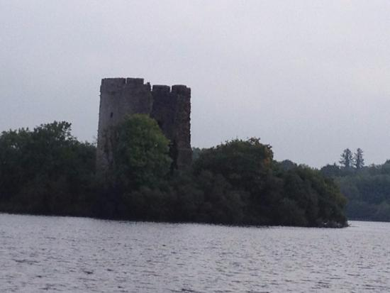 Kilnaleck, Irlanda: Cloughoughter Castle on Lough Oughter Cavan